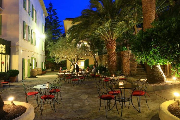 Hotel Demeure Castel Brando