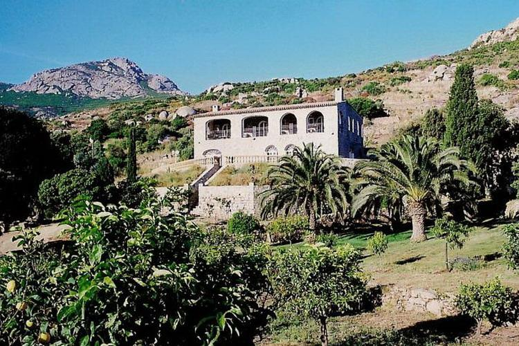 The Manor Calvi